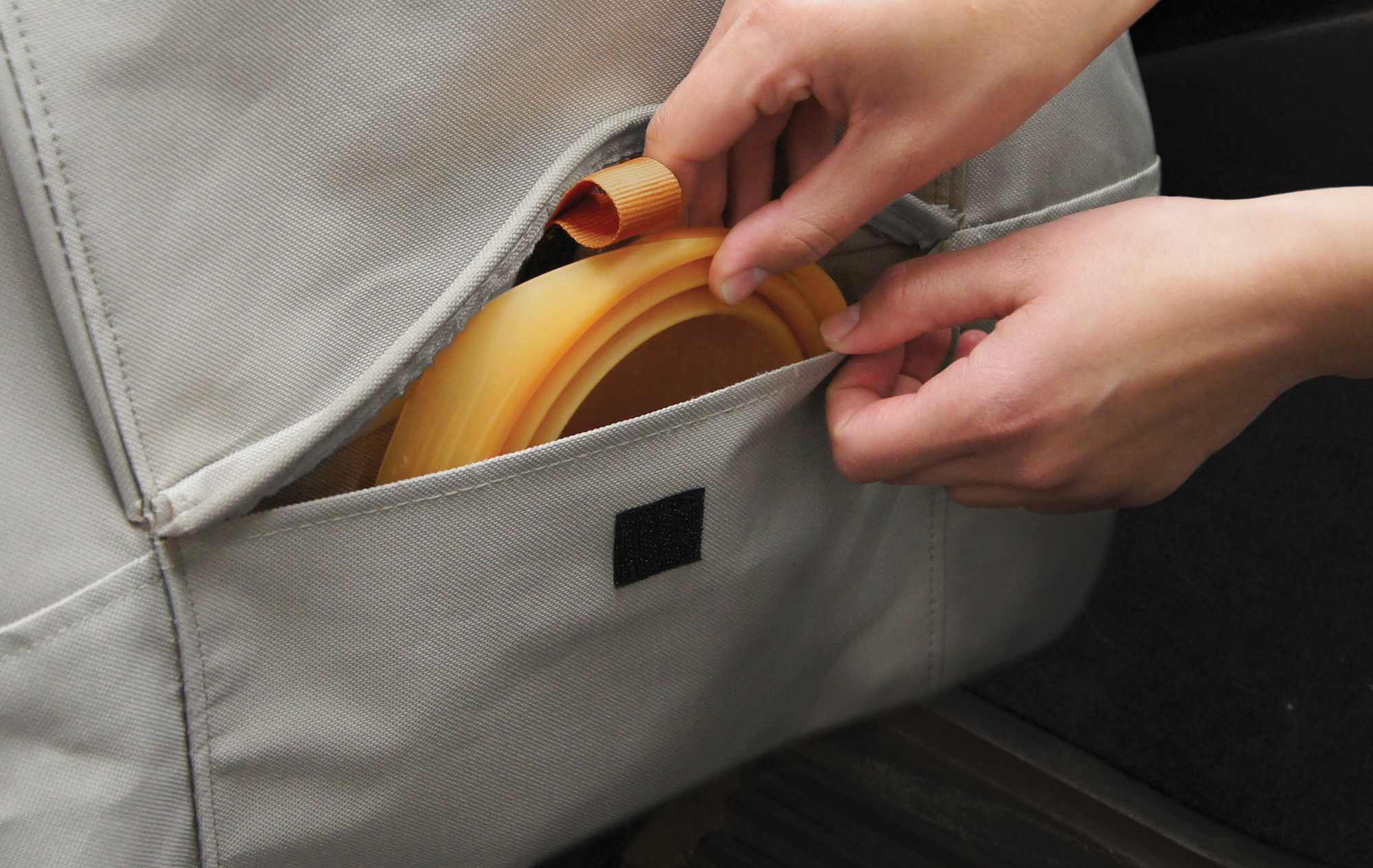 Kurgo CoPilot Bucket Seat Covers Feature Extra Pocket for Storing Dog Treats and Leashes