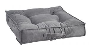 Best Dog Beds for Senior Dogs - Piazza - Dusk