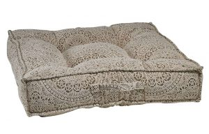 Best Dog Beds for Senior Dogs - Piazza - Chantilly
